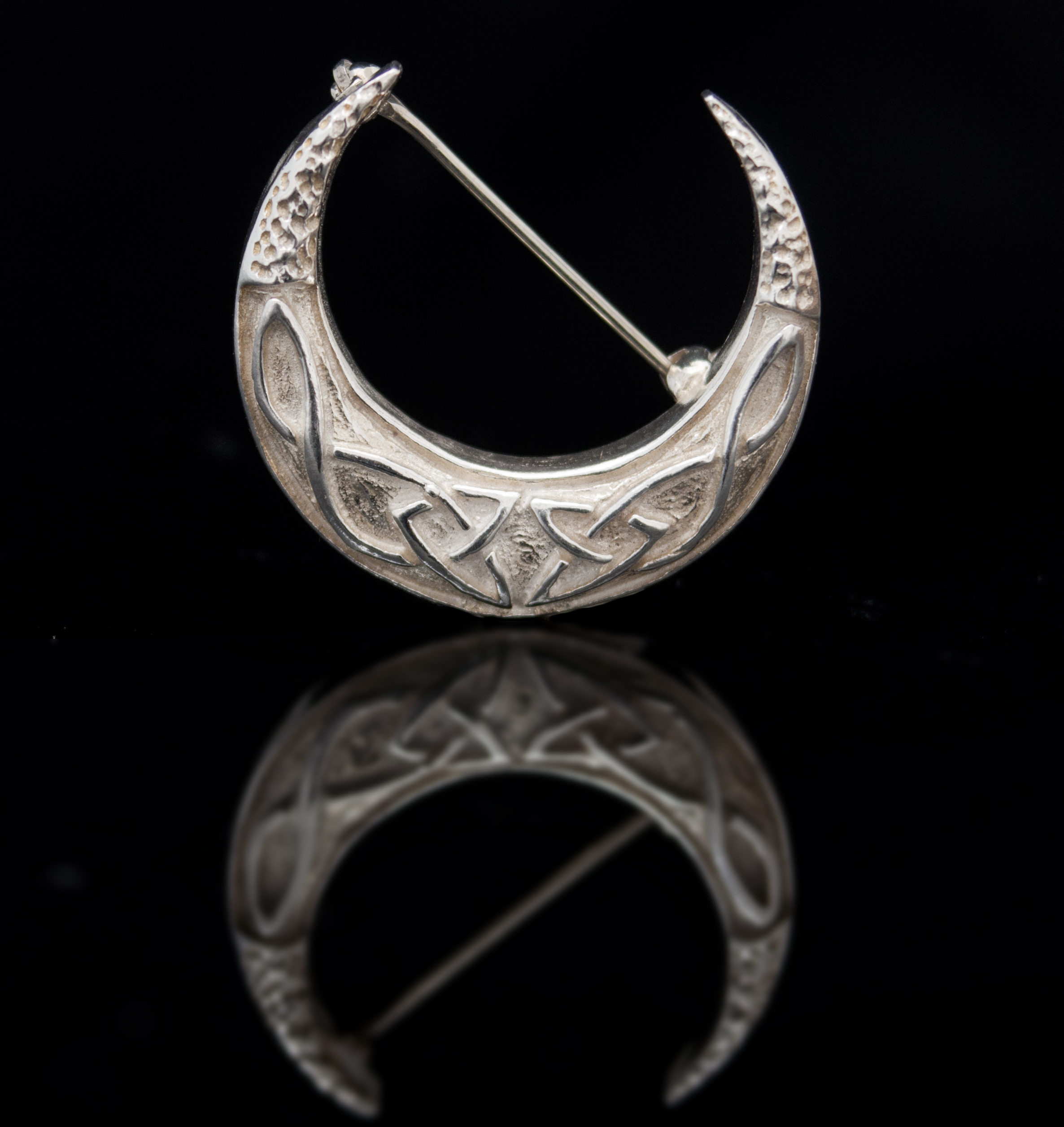 com of kells brooch celticwebmerchant en book celtic insular