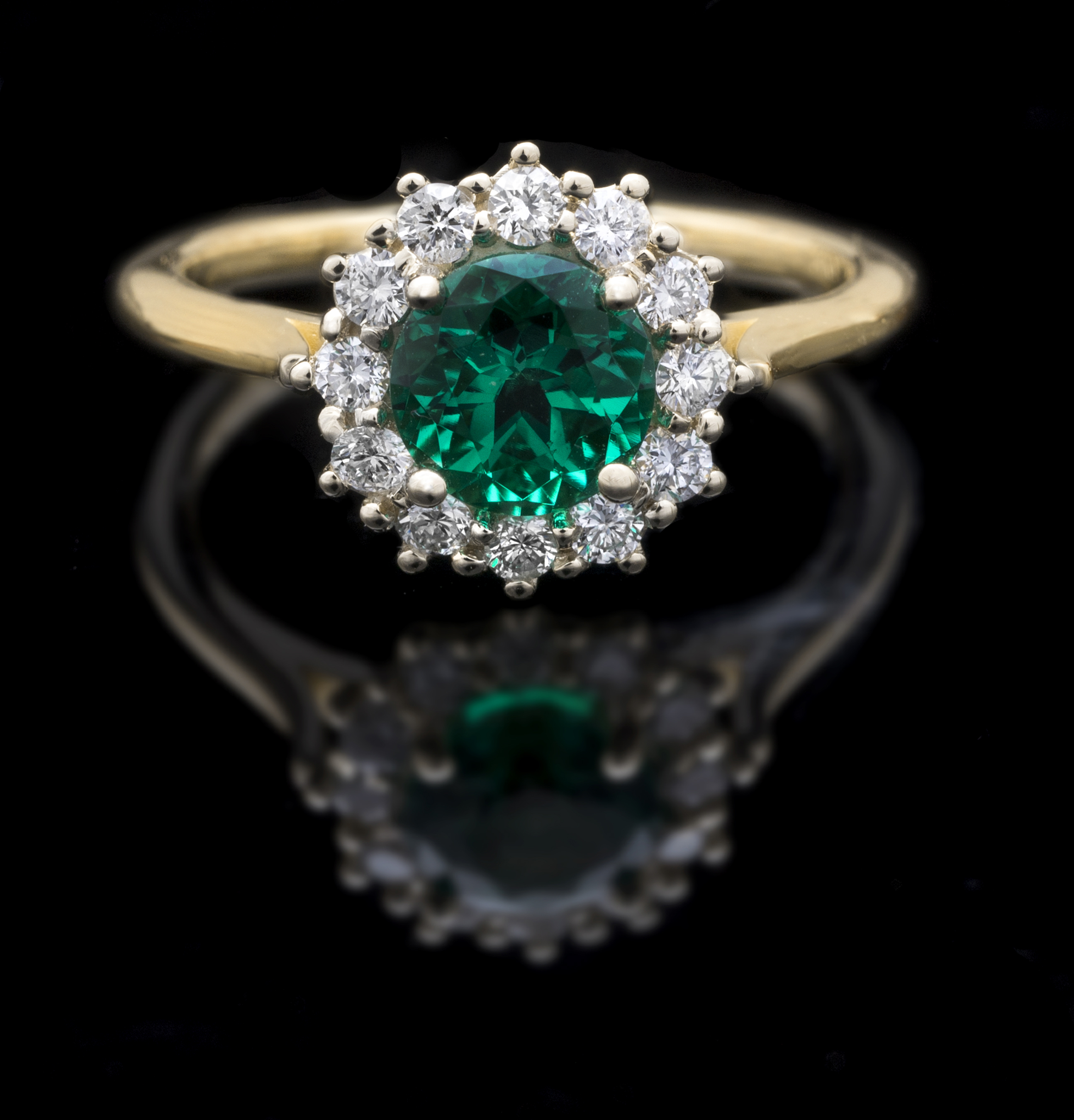 in rings emerald diamond ring gold white and image emeral halo oval
