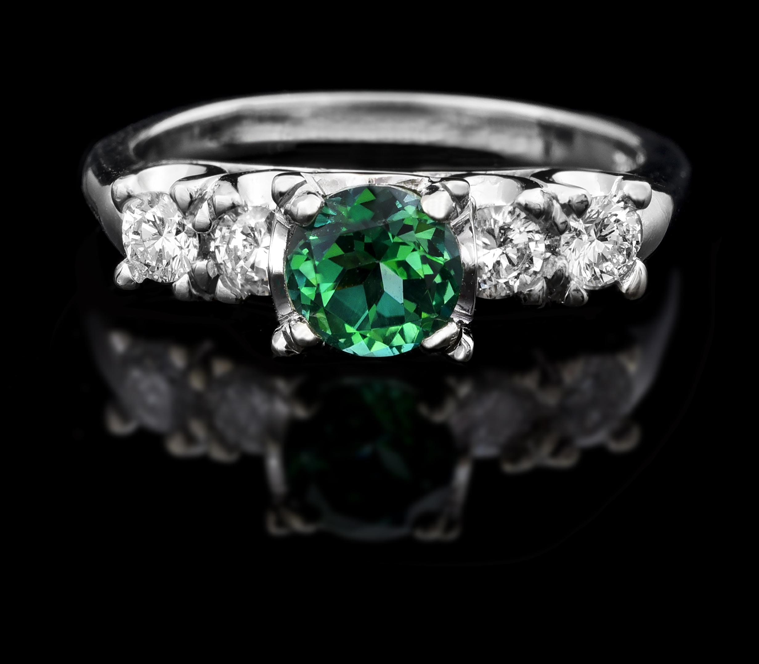 14kt chatham emerald vintage ring